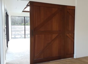 Parkwood-Doors-Barn-Door-Brochure-Digital_page3_image2
